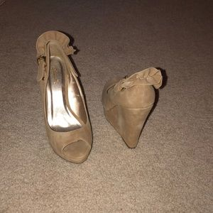 Shoes - Tan suede wedges with adjustable strap size 7.5